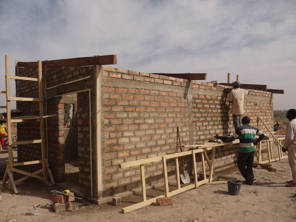 Travaux mur Garoua